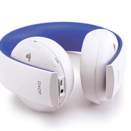 ps4-accessories-wireless-headset-white-screen-05-ps4-eu-05oct15