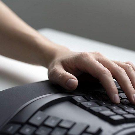 teclado-microsoft-ergonomico-lxm-00003-usb-negro-D_NQ_NP_666993-MPE40573125005_012020-F